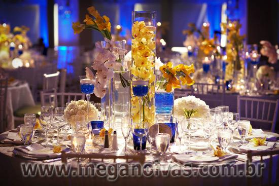 decoracao azul royal e amarelo casamento:Abaixo Mais Um Exemplo De Uma Requintada Festa Azul E Amarelo E Em